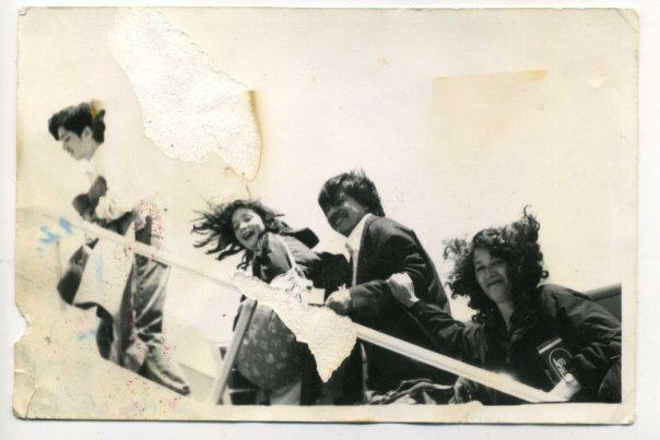 Nousemassa lentokoneeseen marraskuussa 1992.
